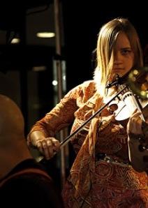 The_Violinist_of_Lemon_Bucket_3_